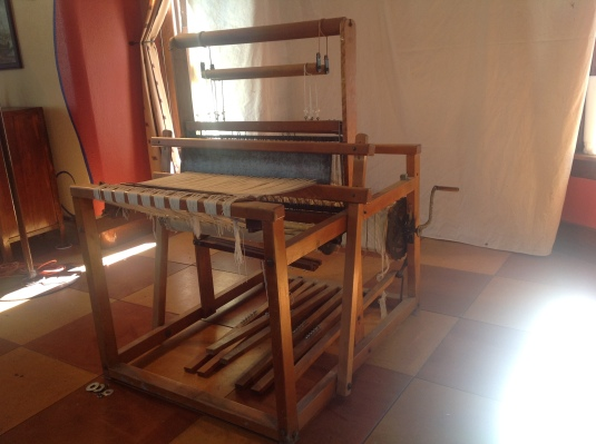 JL Hammett Co floor loom