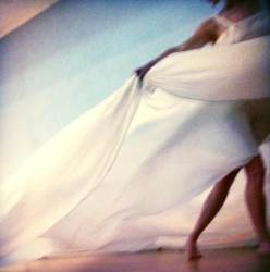 figurative art work, female body, performance art, modern dance, silk waves, waves of silk, the body in art